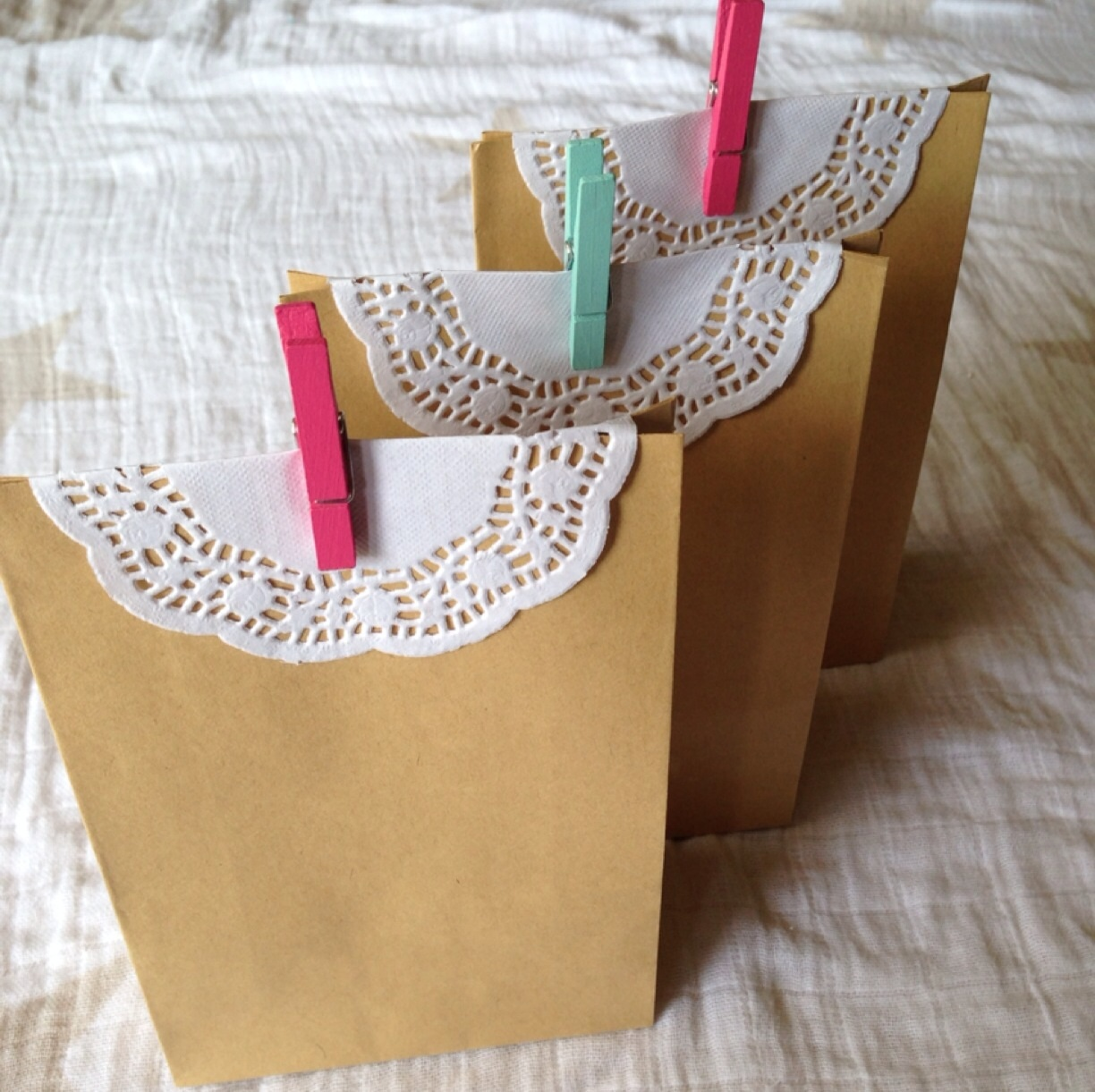 Paper gift bags cake belly